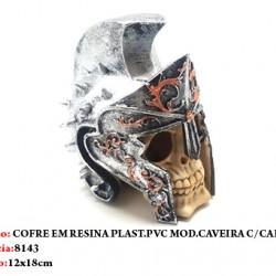 COFRE DE CAVEIRA C/ ELMO EM RESINA